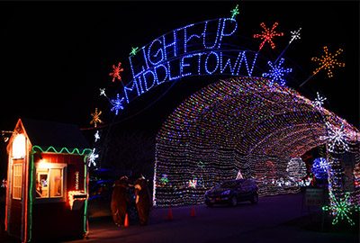 Image file lightupmiddletownentrance.jpg