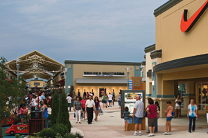 Shoppers at Cincinnati Premium Outlets in Monroe, OH