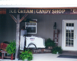 Barn n Bunk Ice Cream and Candy Shop in Trenton OH