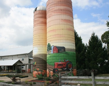 Barn-n-Bunk Farm Market - Main Image